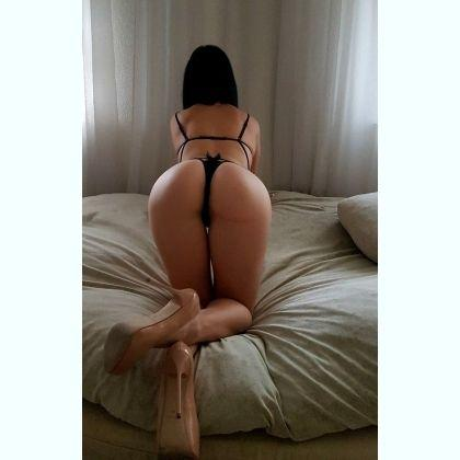Wonderful hottie escort Pawita Waterloo