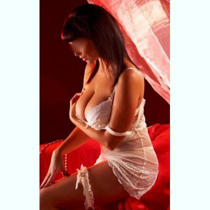 Escort Yasumin,Cagnes sur Mer fresh in town call or whatsapp
