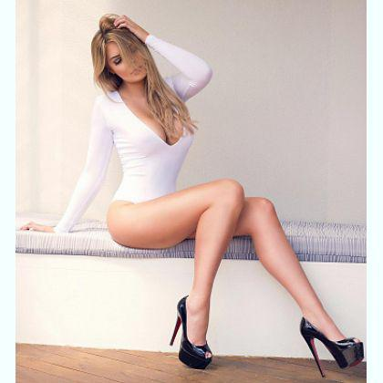 Escort Midokht,Larnaca satisfaction with suzy