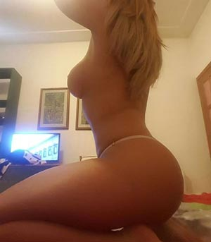 Arta, Greece escort